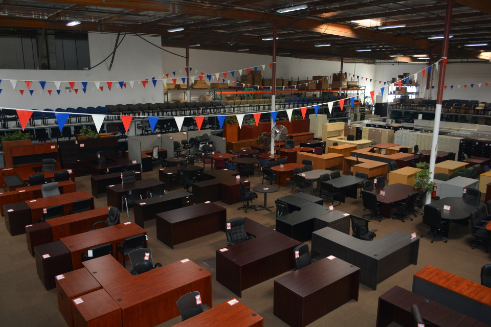 showroom surplus office sales ontario ca rh surplusofficesale com Used Office Furniture Stores Near Me used office furniture mississauga ontario canada